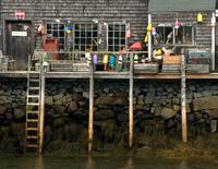 Maine_wharf_800